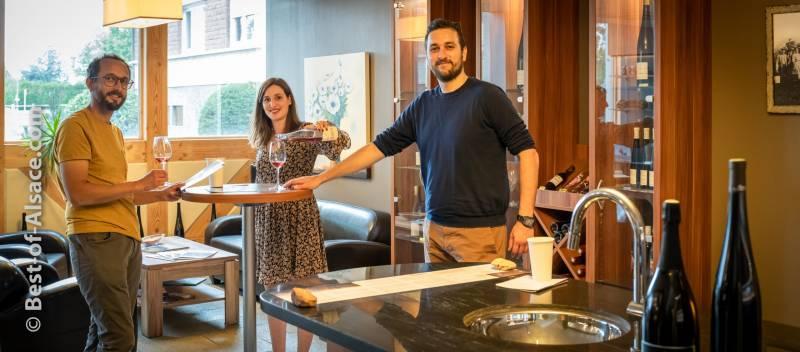 Wine tasting in Victor Roth wein estate